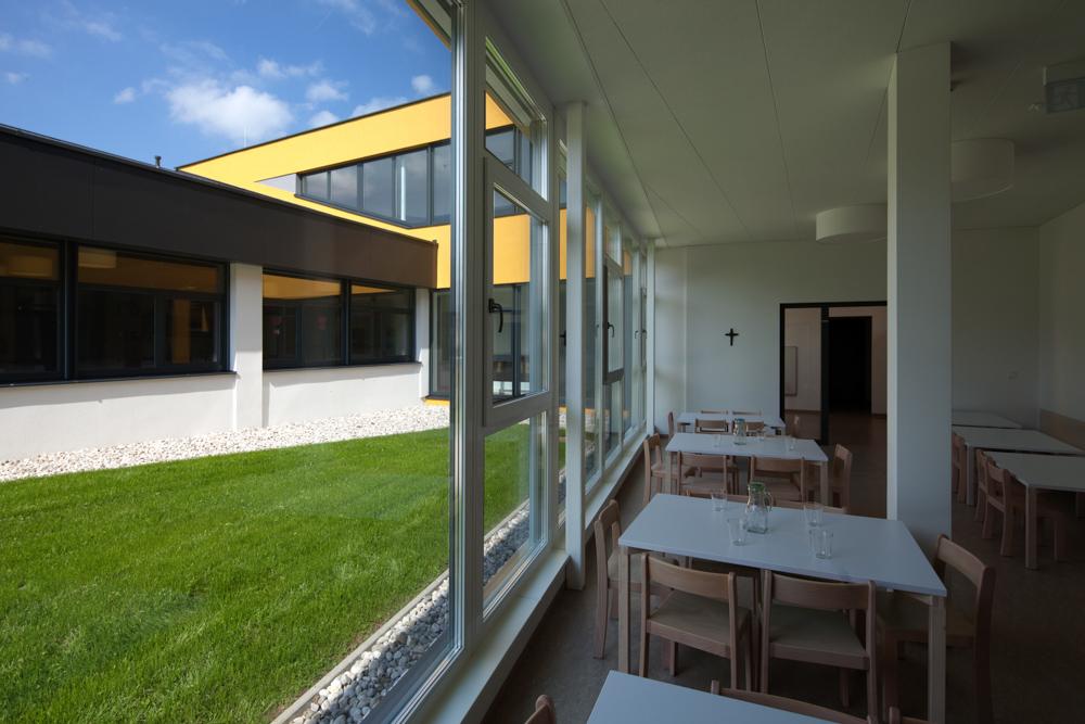 Gartenaussicht Kindergarten Desselbrunn / kigago (Paschinger Architekten) Modulbauweise Massivholz