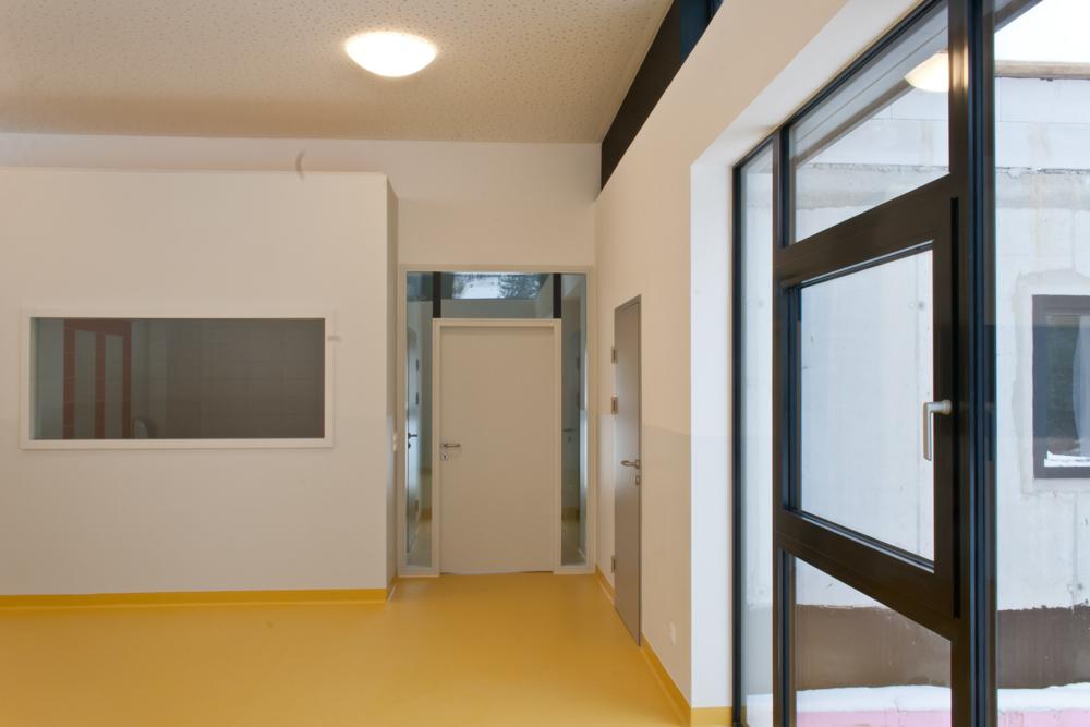 Innenansicht Kindergarten-Erweiterung Drassburg / kigago (Paschinger Architekten) Modulbauweise Massivholz