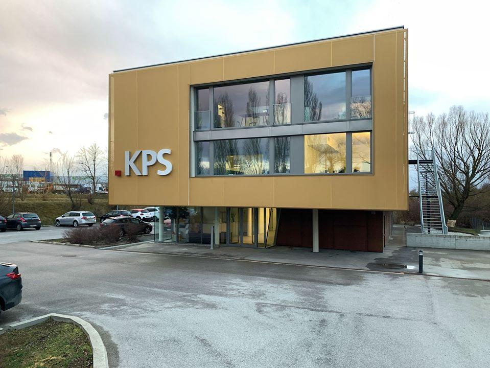 Das Bürogebäude KPS in Guntramsdorf ist fertig für den Einzug - Außenansicht